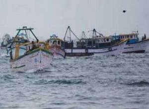 Amid inputs about intrusion from sea, Coast Guards seize Sri Lankan fishing boat off East coast of Kakinada