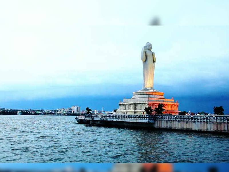 Consumed by fear of COVID-19, man ends life by jumping into Hussain Sagar