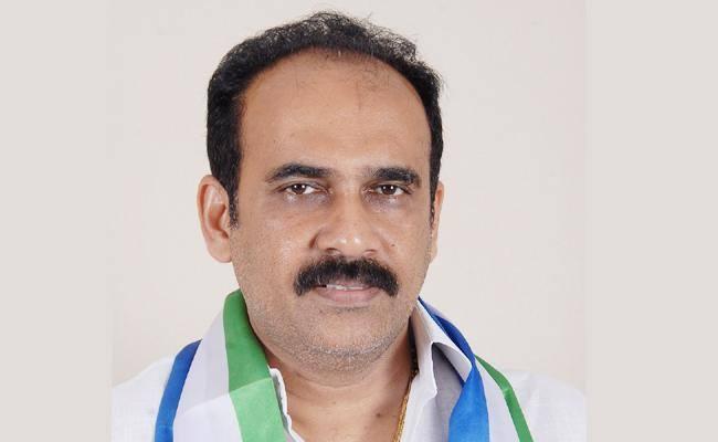 AP minister Balineni Srinivas Reddy tests positive for Covid-19