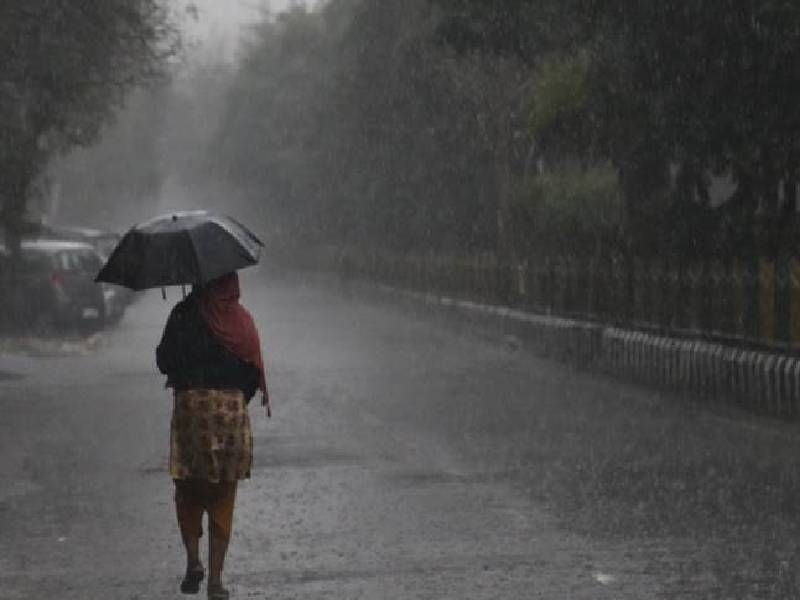 MET forecasts heavy rains in parts of Telangana for next 5 days