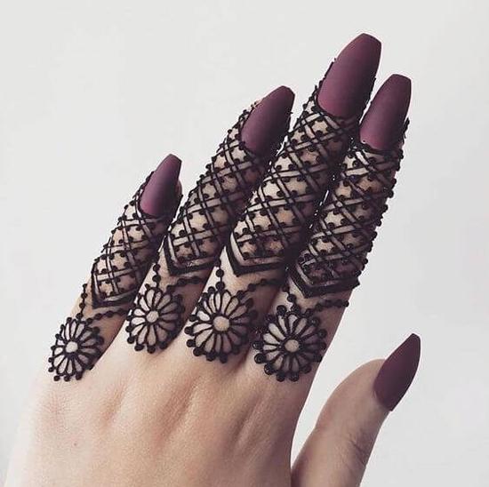 Finger Henna 10 Trending Mehndi Designs For Fingers Front And Back,Short Black Female Fade Haircut Designs