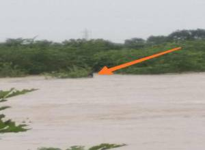 Truck gets washed away in swollen Siddipet stream, rescue operation on