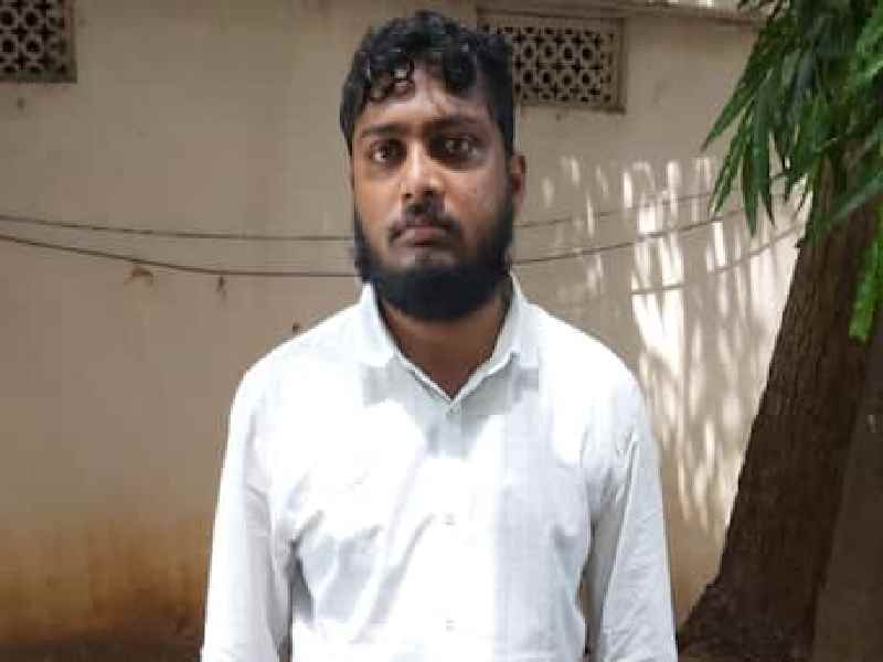 Karimnagar man held for cheating people by posing as CMs personal staff