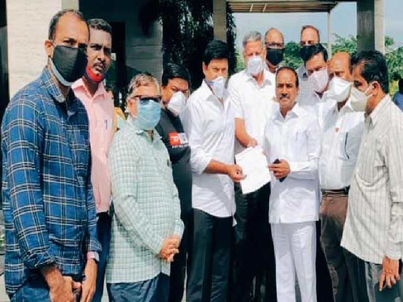 Hyderabad UFERWAS meet minister Eatala, offer services to fight COVID