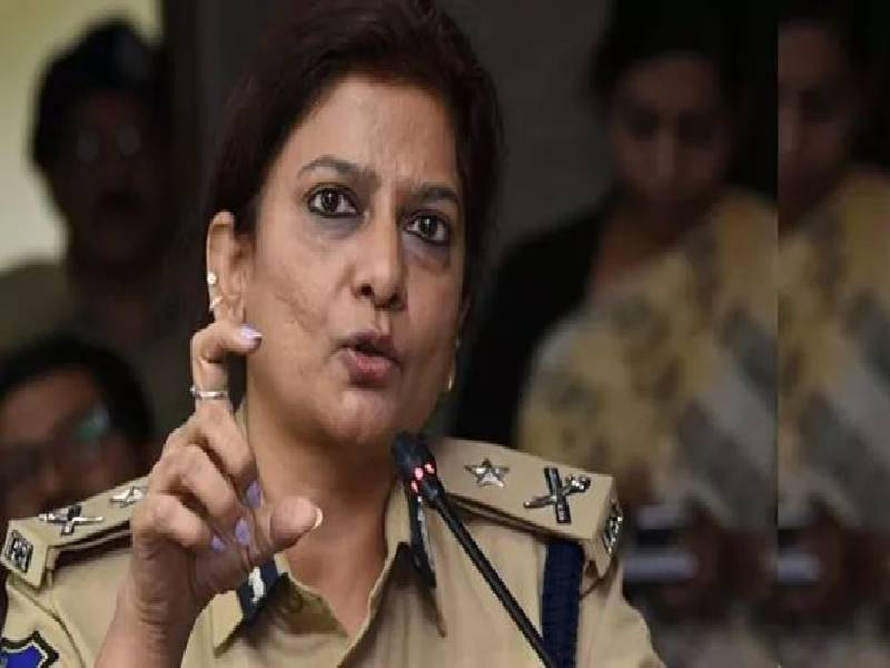 Telangana cadre IPS officer Charu Sinha, first female CRPF chief to take on militants in Srinagar