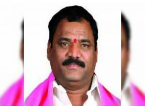 TRS Serilingampally corporator who assaulted woman arrested