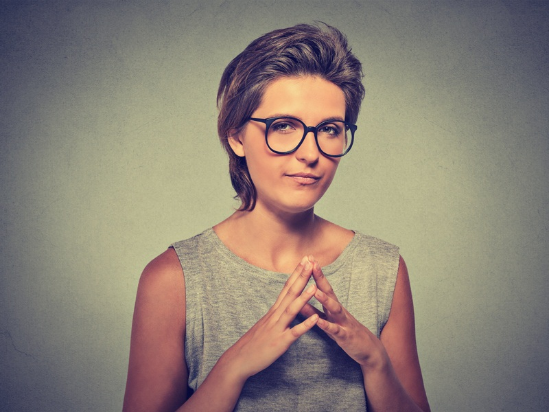 10 Stylish Hairstyles for 50 Year Old Women with Glasses
