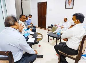 Make preliminary arrangements for the COVID vaccine availability in the state: Health Minister