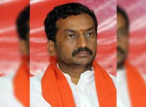 Searches against BJP's Dubbaka candidate M Raghunandan Rao assets