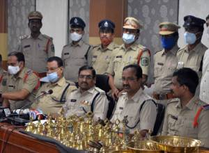 Cops nab eight in connection of theft in Simhachalam temple
