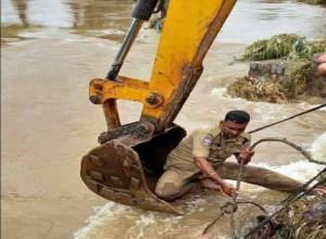Telangana rains : 50 dead, Rs 2000 Cr crops destroyed state suffers Rs 5000 Cr loss
