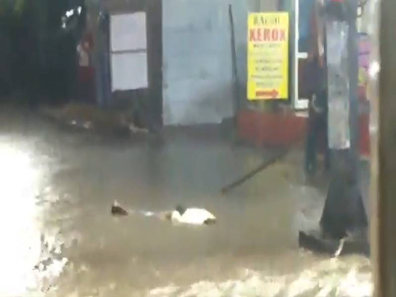 Hyderabad Rains: 52YO man dies of electrocution in Chaderghat